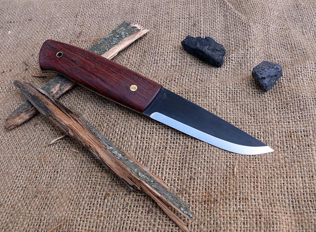 Auróra bushcraft kés 4
