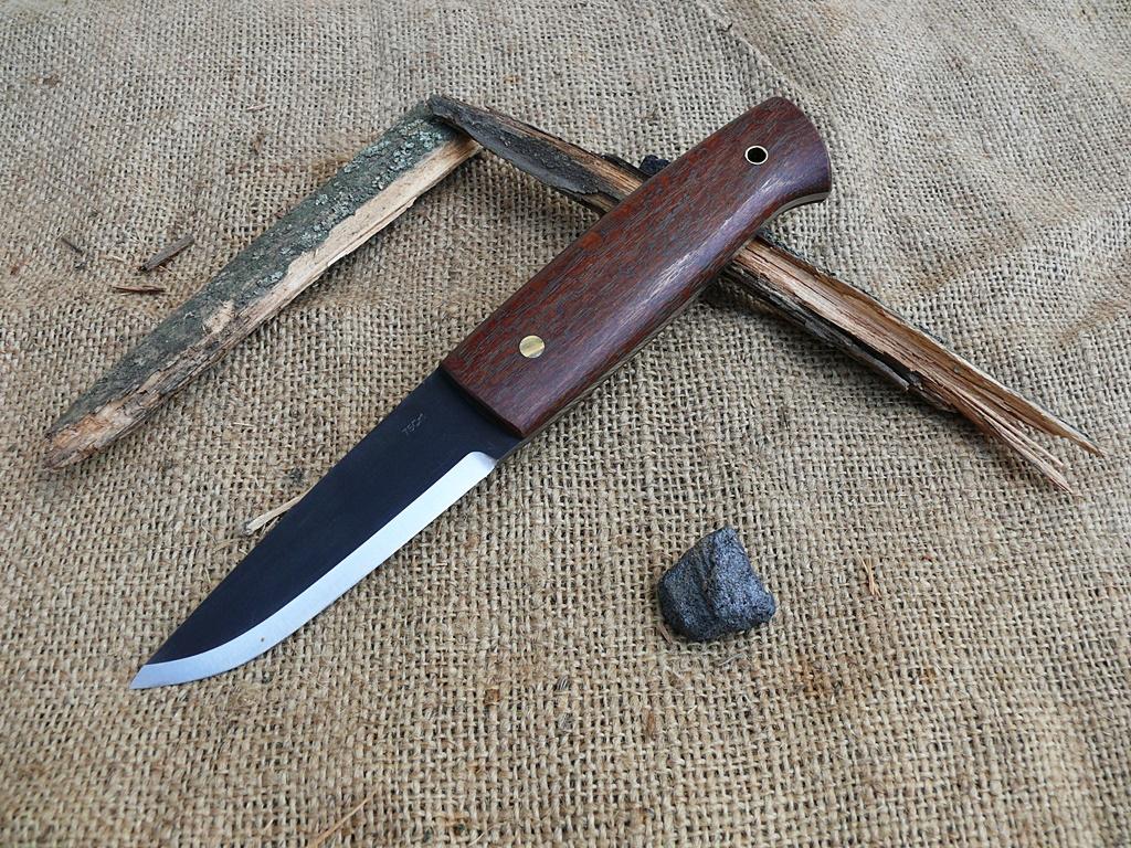 Auróra bushcraft kés 5