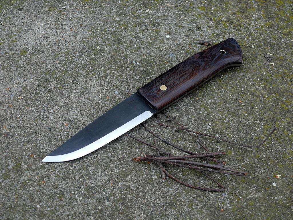 Auróra bushcraft kés 7