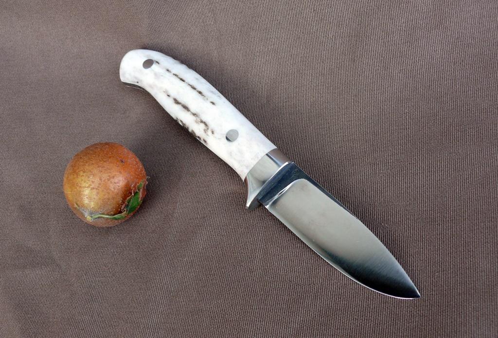 LegalLoveless kés 9