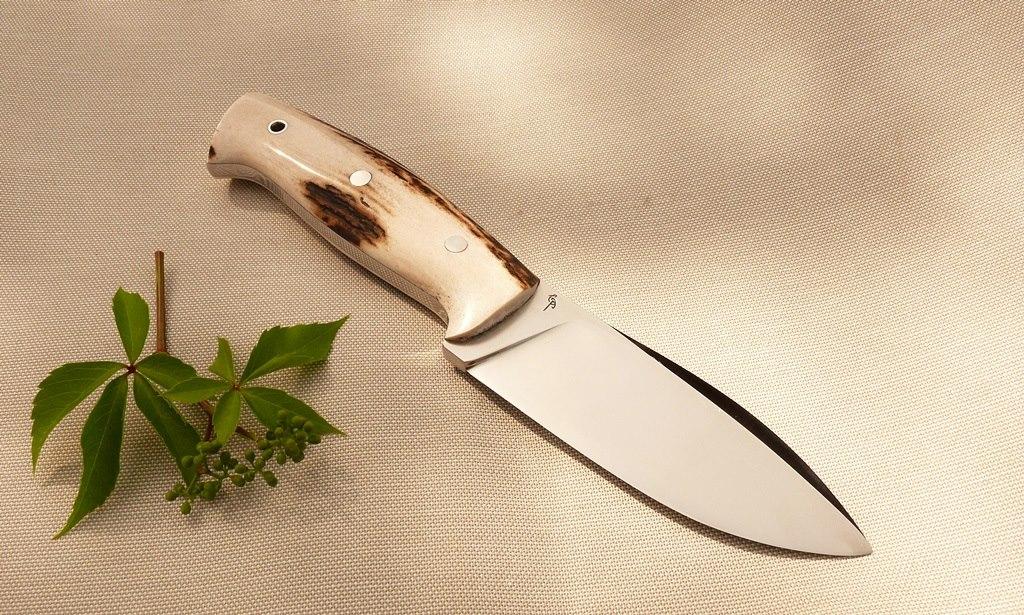 VasKos bushcraft kés 6