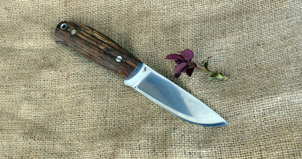 Zengő bushcraft kés 7
