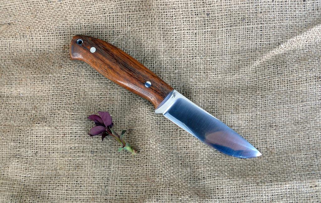 Zengő bushcraft kés 8
