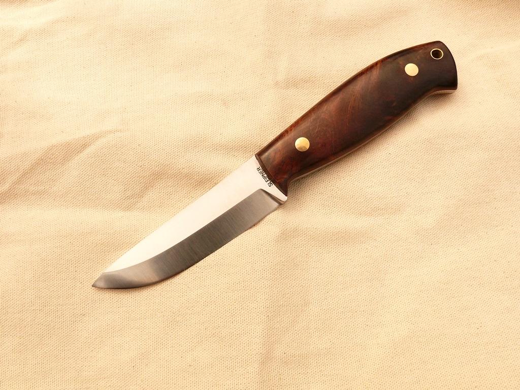 Zengő bushcraft kés 1